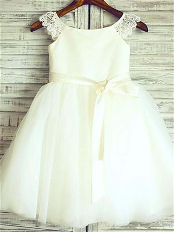 A-Linien-/Princess-Stil U-Ausschnitt Bodenlang Organza Blumenmädchenkleid mit Perlenstickereien