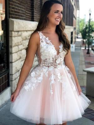 A-Linien-/Princess-Stil V-Ausschnitt Tüll Ärmellos Kurze/Mini Kleid mit Applikationen
