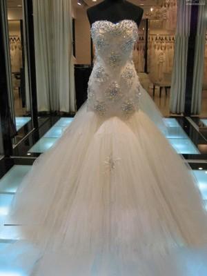 Trompeten-/Meerjungfrauenkleider Herzausschnitt Hofschleppe Ärmellos Tüll Brautkleid mit Perlenstickereien