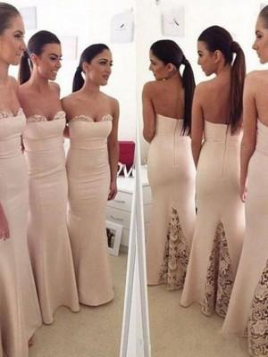 Trompeten-/Meerjungfrauenkleider Herzausschnitt Satin Bodenlang Ärmellos Brautjungfernkleid