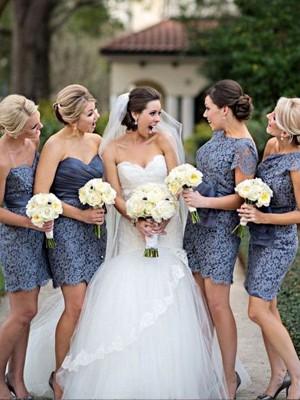 Etui-Linie Herzausschnitt Spitze Kurze Ärmellos Brautjungfernkleid