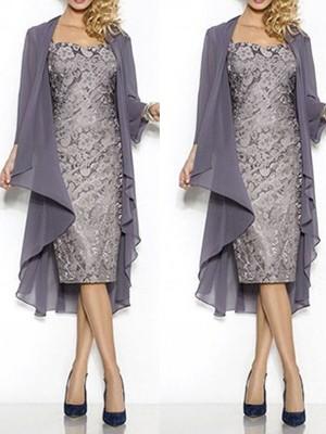Etui-Linie Rechteckiger Ausschnitt Kappenhülsen Spitze Knielang Brautmutterkleid mit Shawl