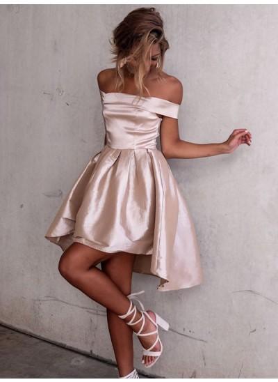 A-Linien-/Princess-Stil Schulterfrei Satin Kurze Ärmel Asymmetrisch Kleid mit Falten