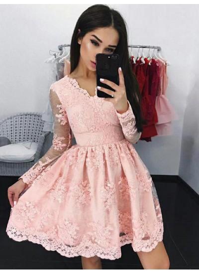 A-Linien-/Princess-Stil V-Ausschnitt Spitze Lange Ärmel Kurze/Mini Kleid mit Applikationen
